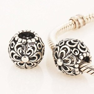 Pandora Solid Picking Daisies Charm